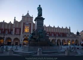 Adam Mickiewicz Monument + Cloth Hall 01