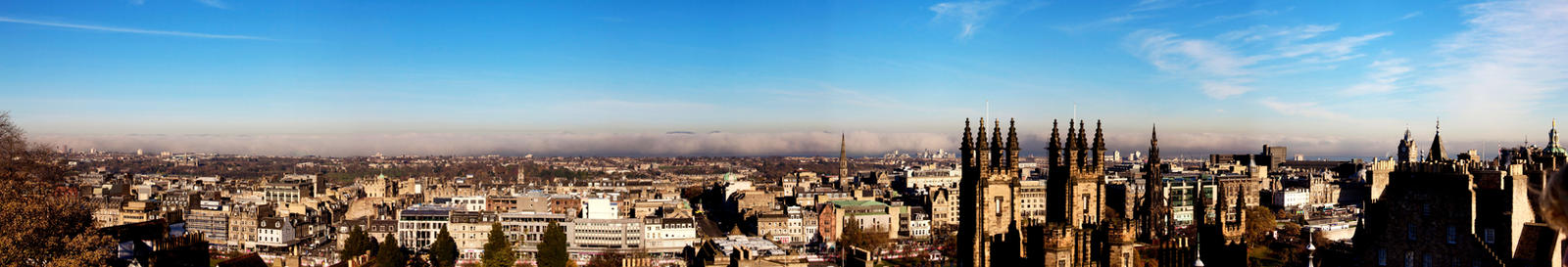 Edinburgh From the rooftops by mcdee2005