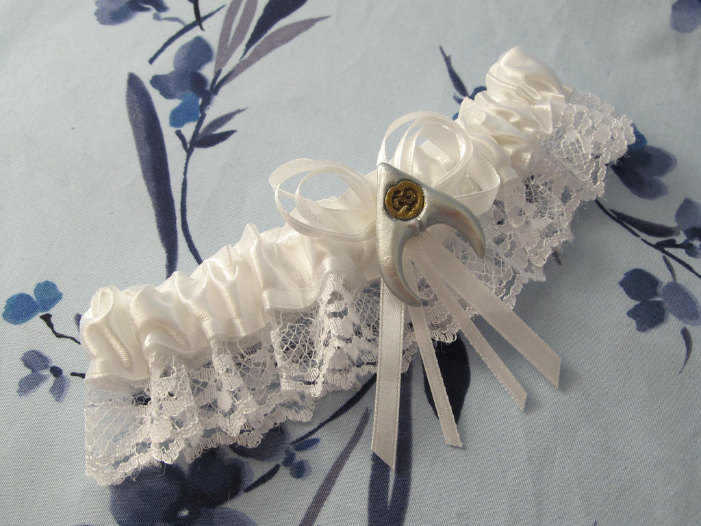 Labyrinth Fantasy Themed Wedding Garter By Emmadreamstar On Deviantart