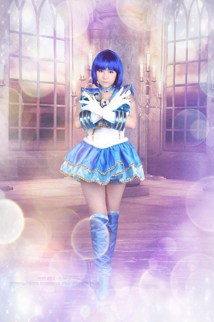 Cosplay - Sailormoon musicals - Sailor Mercury by PipiChu0226
