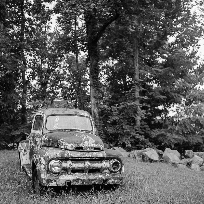 Broken Down in Alabama by jonniedee
