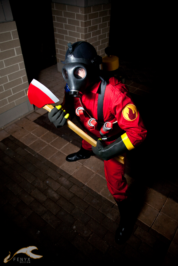 Pyro Tf2 Cosplay EXPCon 2011 - Team For...
