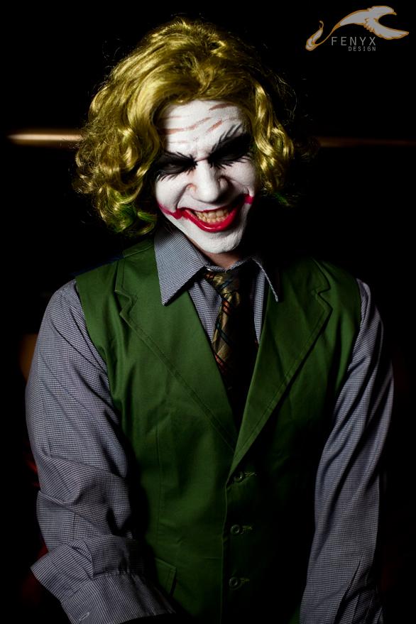 SukoshiCon Destin - Batman : Joker by elysiagriffin