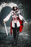 Assassin's Creed II fem!Ezio Auditore cosplay 8