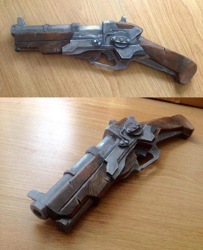 Corvo's pistol cosplay prop by Ko-shi-patrick