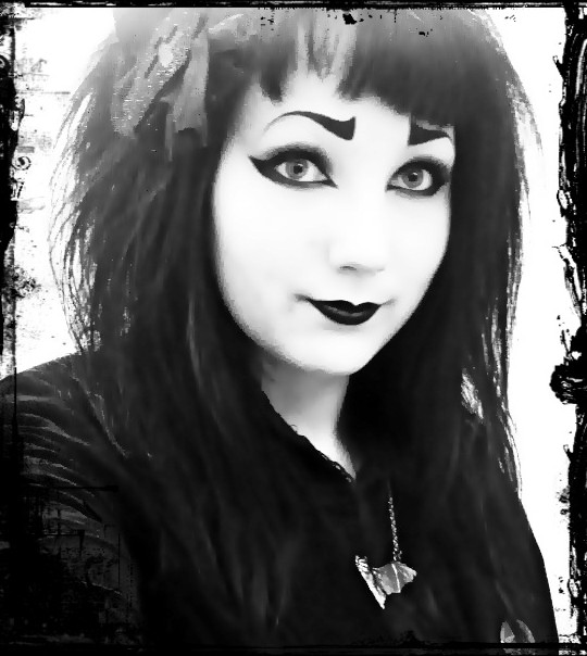 LittlePoisonCupcake's Profile Picture