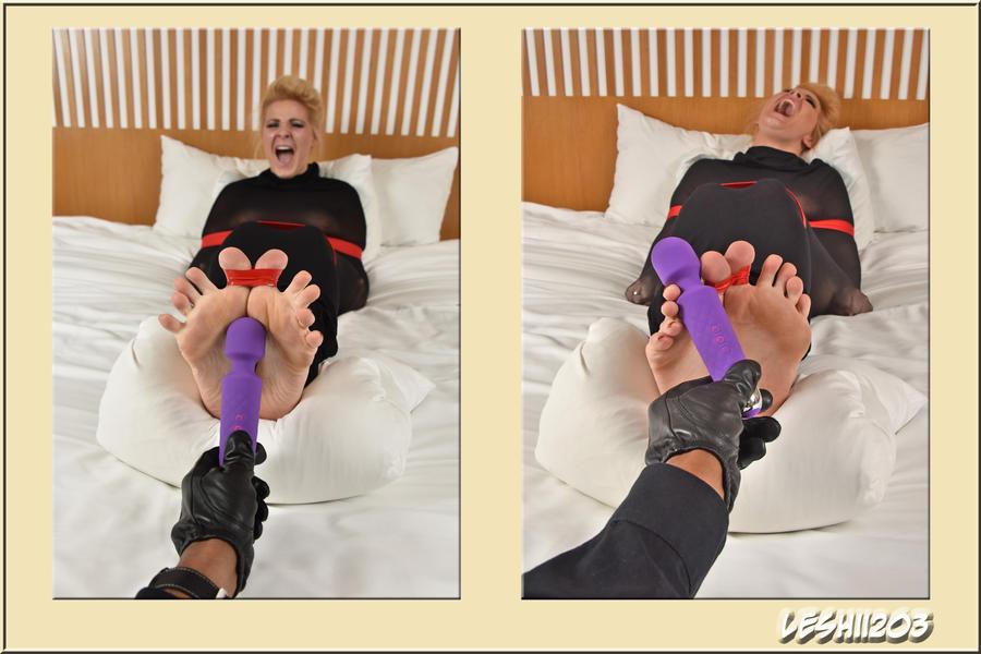 Whitney vs PurpleVibe by Leshii203