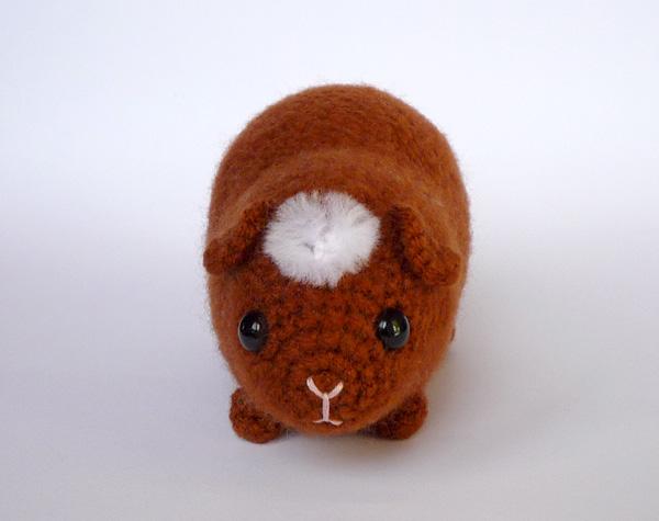 Ravelry: Hungry guinea pig pattern by Kati Galusz | 475x600