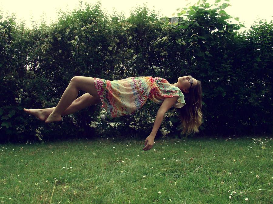 Levitation by SarahSahne