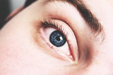 his eye by SarahSahne