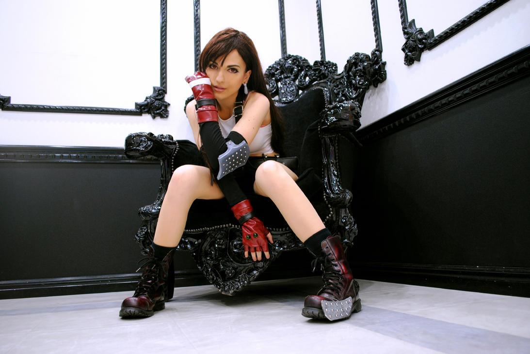 Tif Lockhart cosplay remake by Eyes-0n-Me | Photographer Uncredited