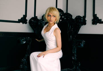 Lunafreya Nox Fleuret Cosplay by Eyes-0n-Me