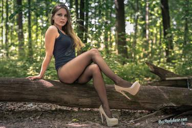 Oksana in black pantyhose and high heels by ruspantyhose