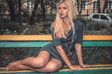 Alexandra posing in tan pantyhose by ruspantyhose