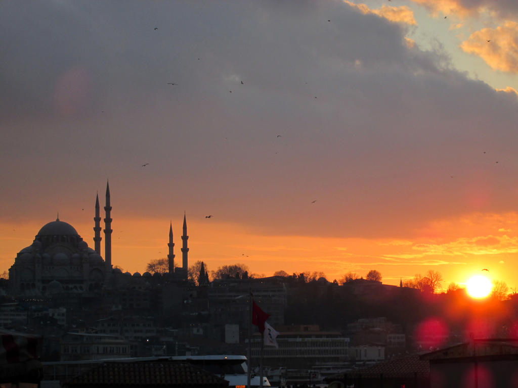 sunset by mustafamortas