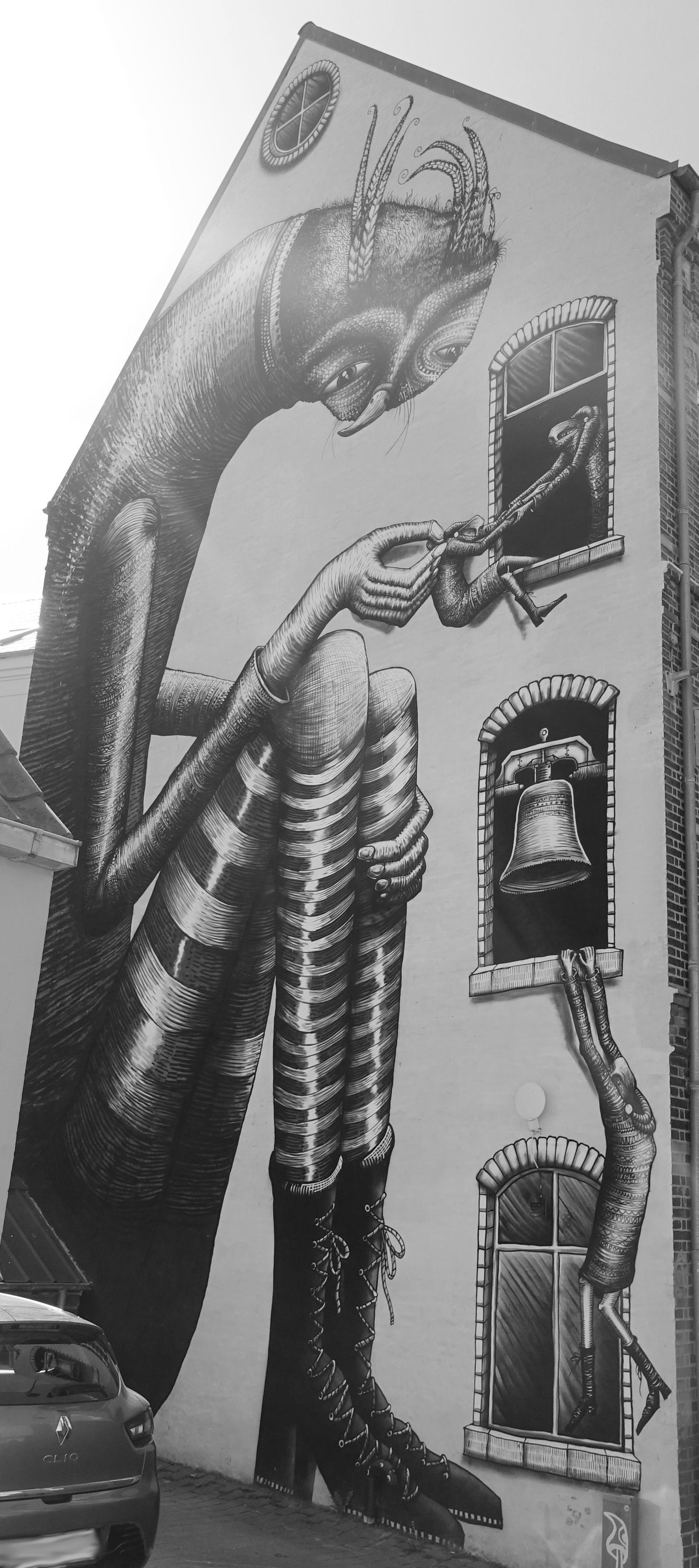 Painted Walls by ThePraiodanish