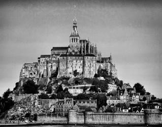 Le Mont St Michel II by ThePraiodanish
