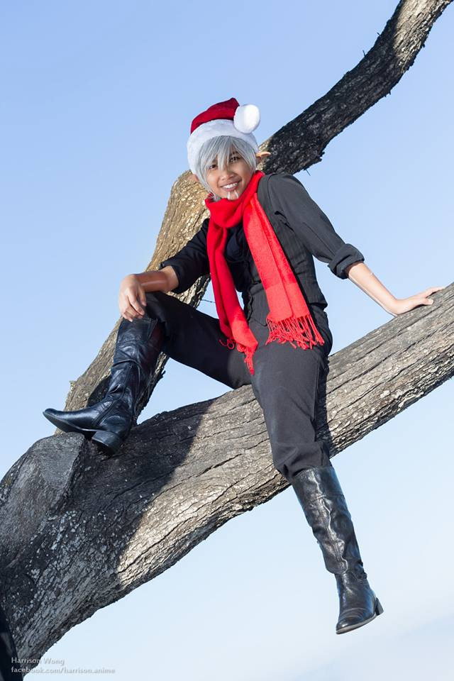 elf_in_a_tree_by_hisgirlfriendthemoon-d6ybv0g.jpg