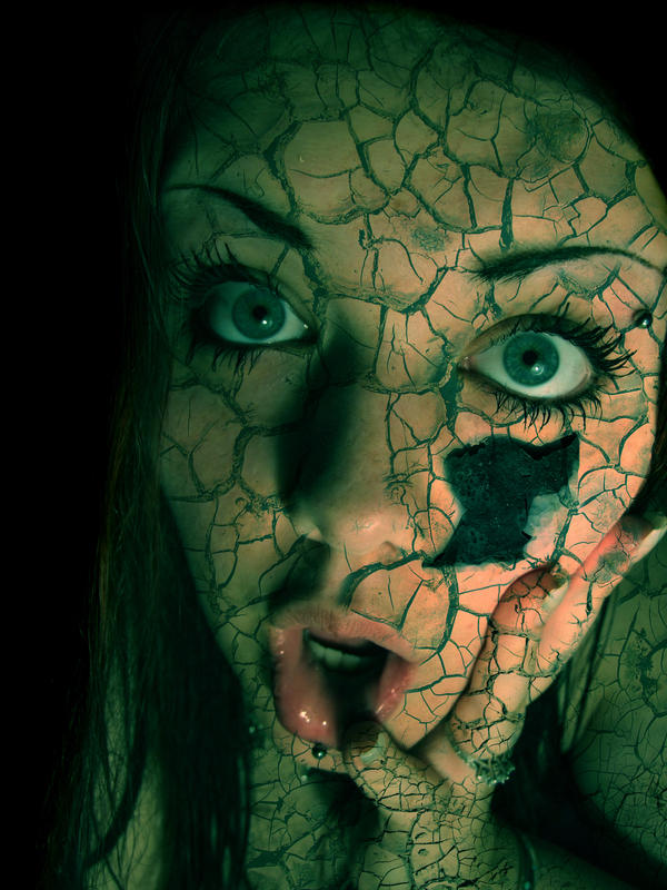 Cracked Face by Keeji-d