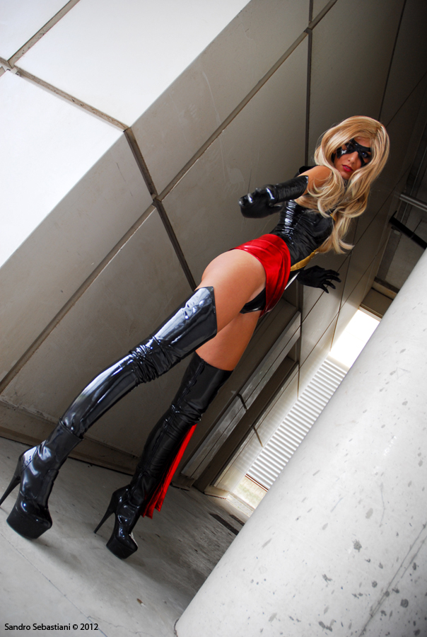 cosplay Ms. Marvel -10 by sadakochan87