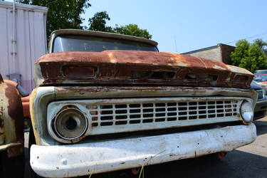 Old Chevy Truck by doktornein