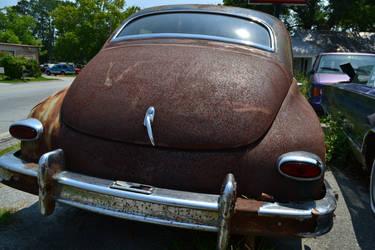 Rusty Car II by doktornein