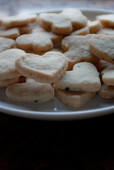 Lavender Shortbread Cookies by taeliac