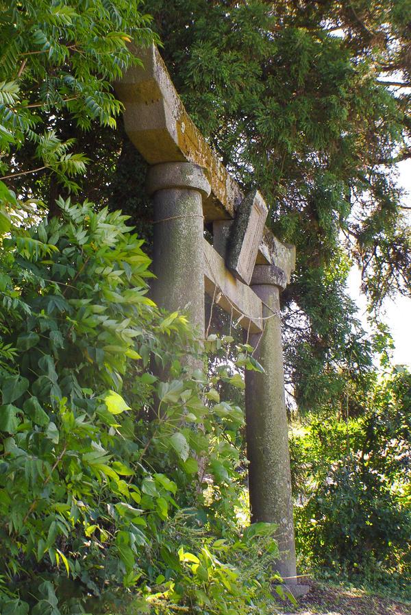 Hidden Shrines by taeliac