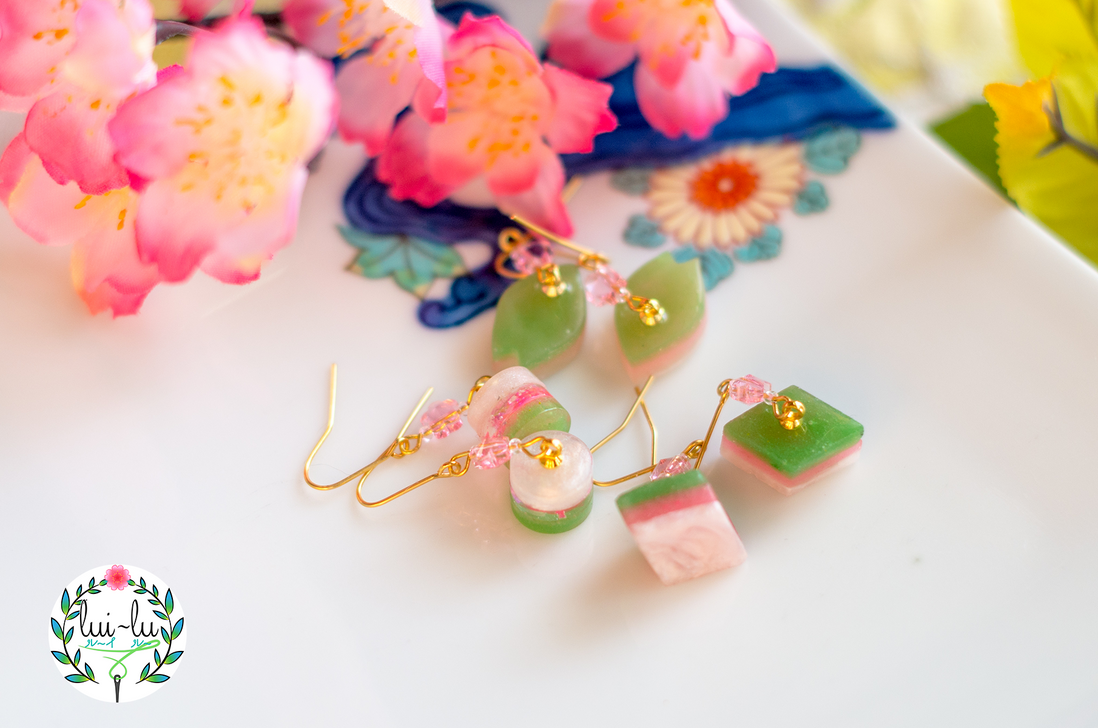 3 Color Mochi Cake Earrings by taeliac