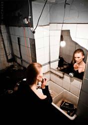 make-up-post-apo by Nivelis