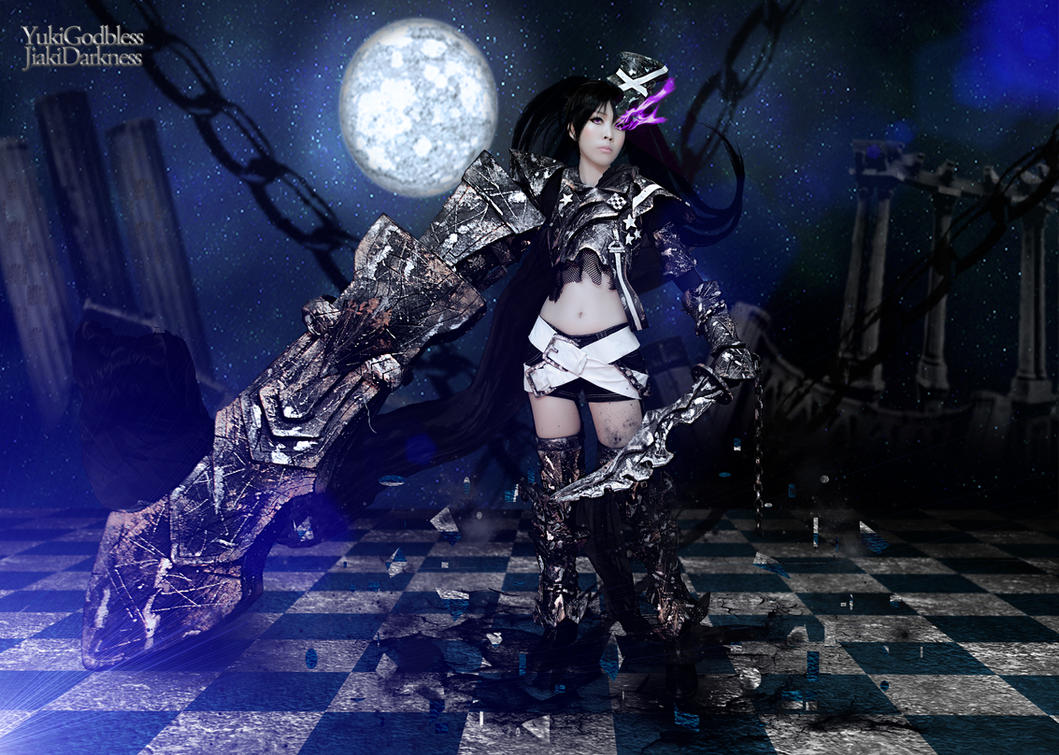 Insane black rock shooter cosplay