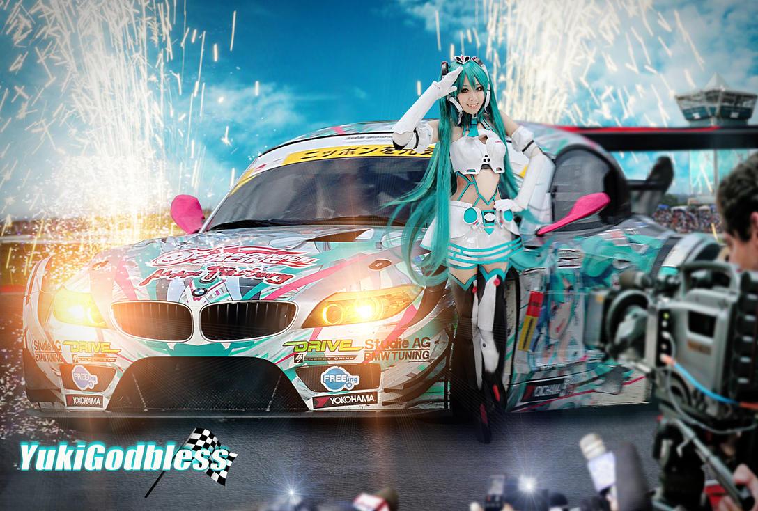 Cosplay Miku racing queen 2012,Road! by yukigodbless