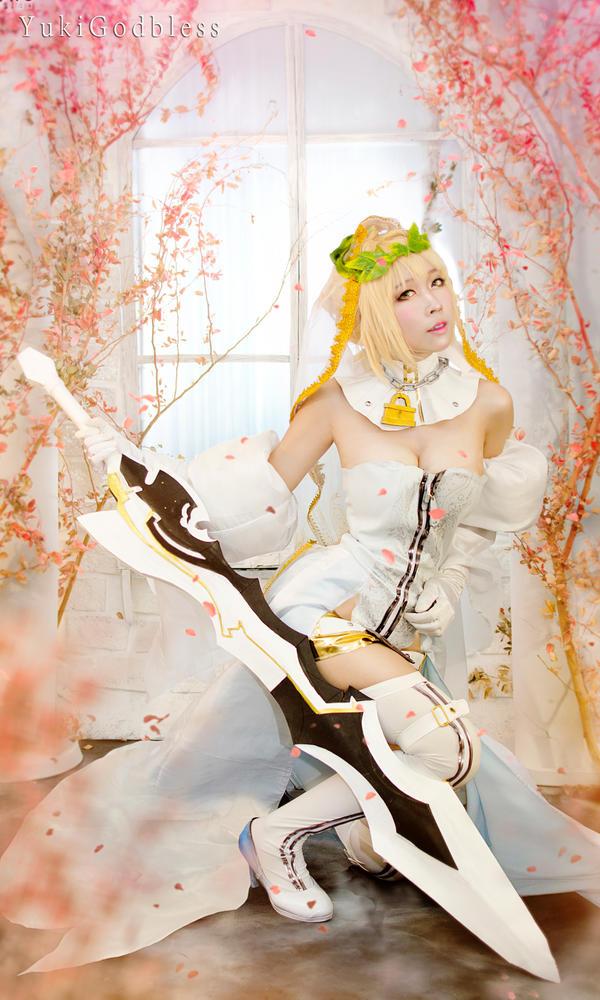 Fate /Grand Order : Nero Claudius (Bride) cosplay by yukigodbless