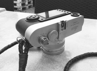Leica M9-P by Townpainter