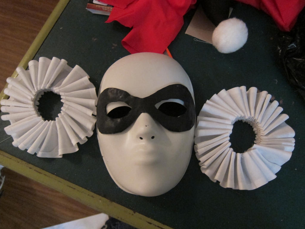 harley quinn mask template - remade mask and cuffs harley quinn by animeloving okami on
