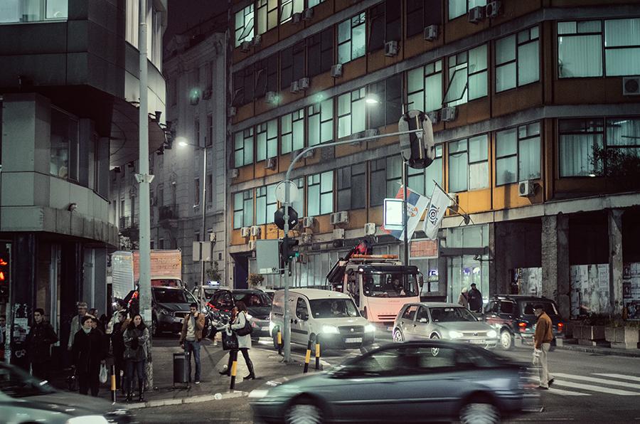 Beograd u slici Belgrade_streets_at_night_by_pyr0sky-d6uf00f