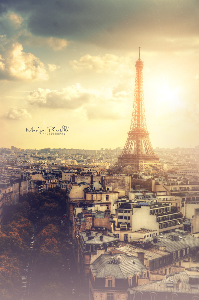 Eiffel tower - Guitar of the sky by Piroshki-Photography
