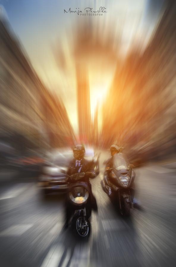 Montparnasse - hurry by Piroshki-Photography