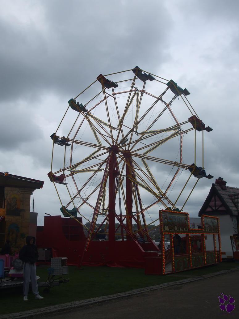 AM 37 - Looming Ferris Wheel by LacedShadowDiamond