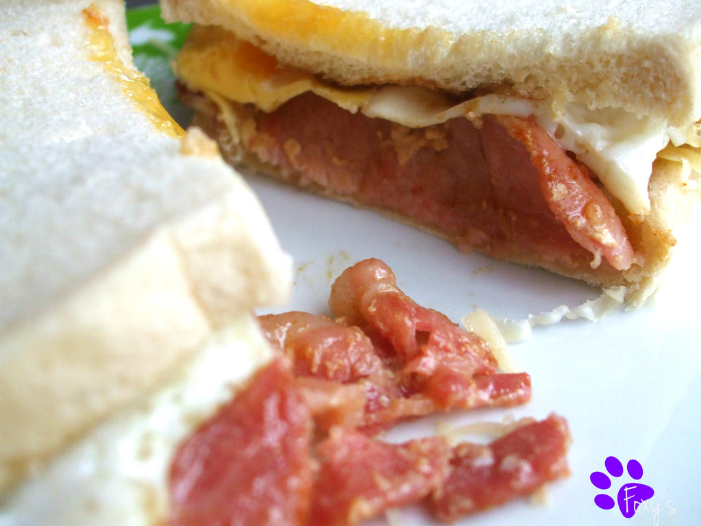 Bacon and Fried Egg Sandwich (06.03.13) by Foxy-Poptart on ...