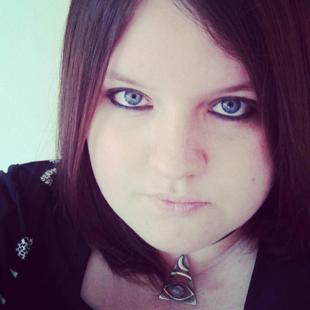 Foxy-Poptart's Profile Picture