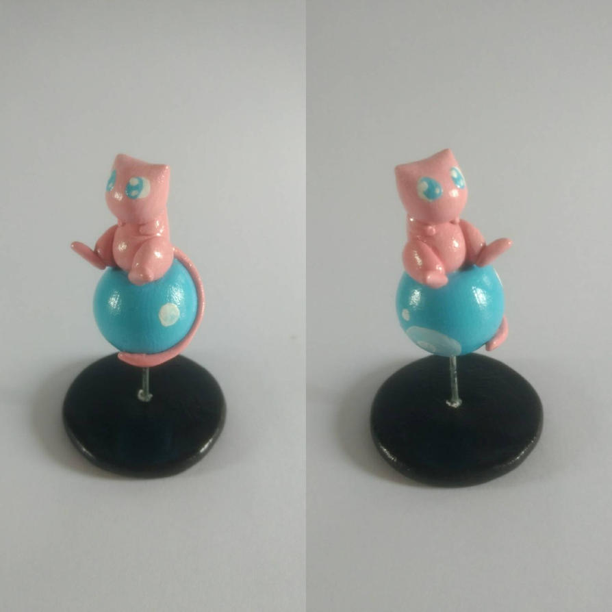 151 - Mew figure by Luan-crafts