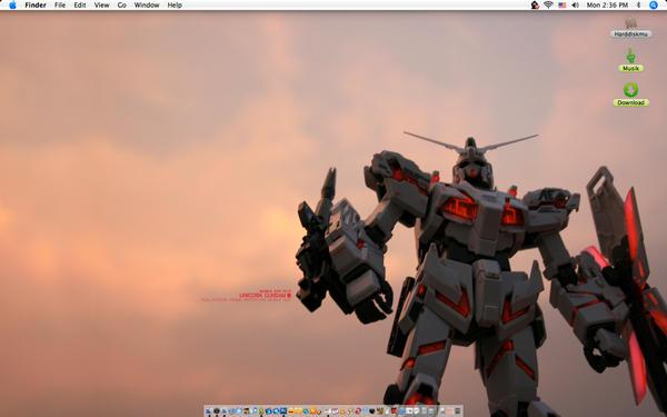 Unicorn Gundam by arf