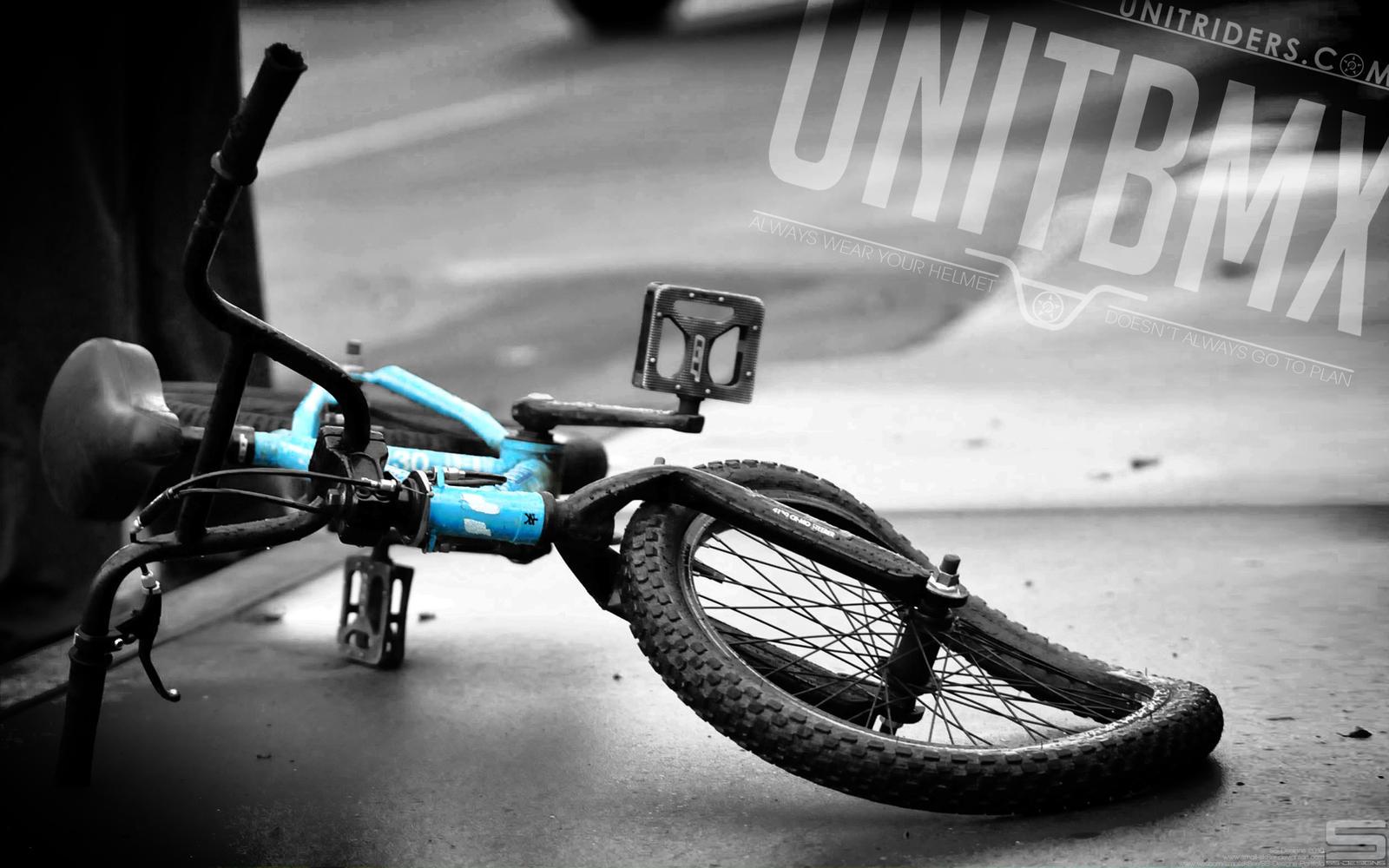 Index additionally UnitBMX Safety Wallpaper 179798426 in addition TX180MR 2013 as well 2015 En Dvx 300 further Hostal buena. on fan on bike
