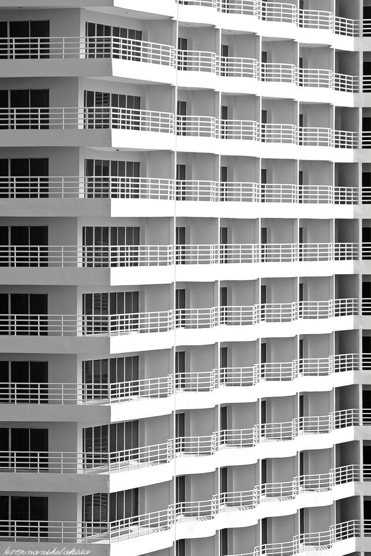 Empty Condos by KvornanTheLafesta