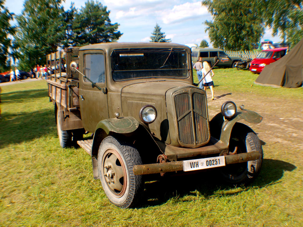 Old citroen by rihosk