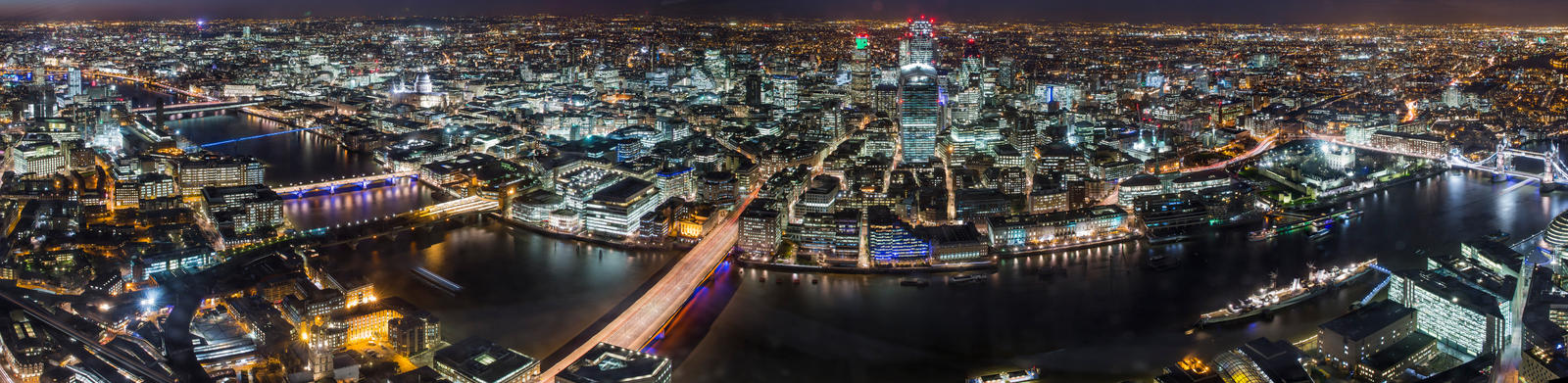 London at night by Captain-Marmote