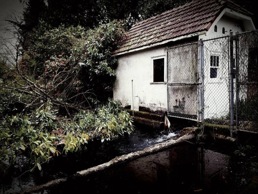 spillhouse by jasonaych