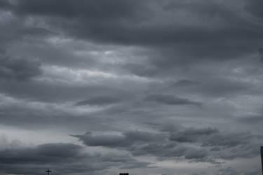 gray drama sky 01 by paranoidstock