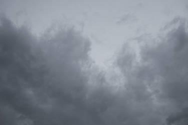 gray drama sky 03 by paranoidstock